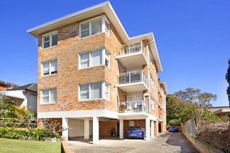 Sunlit boutique apartment on the exclusive Balmoral Slopes