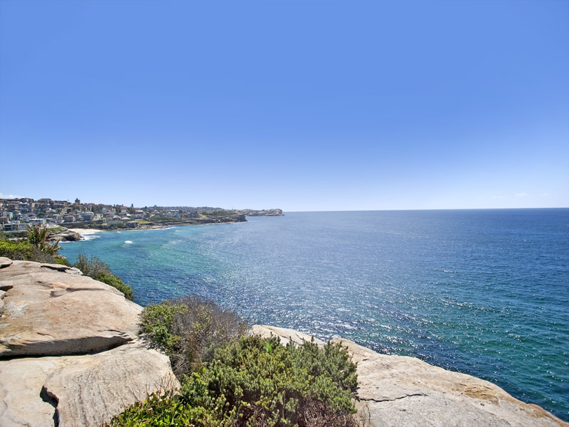 http://assets.boxdice.com.au/coastline-agency/attachments/387/040/south_coogee.jpg?f1822be7ea9dbe7c44998678cfc5a862