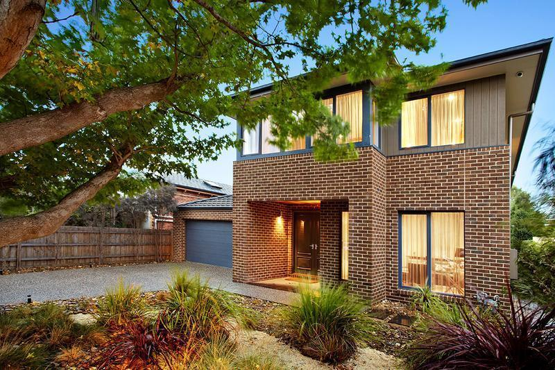 http://assets.boxdice.com.au/domainandco/attachments/629/fb9/3_the_grange_malvern_east_vic_3145_img0.jpg?0c1ad3ccedc04fba24d9e0744d660ed7