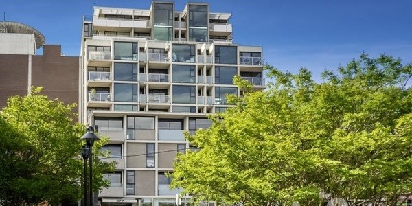 208/383 Burwood Road, HAWTHORN