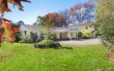 http://assets.boxdice.com.au/duncan_hill_property/listings/1226/064ba321.jpg?crop=400x250
