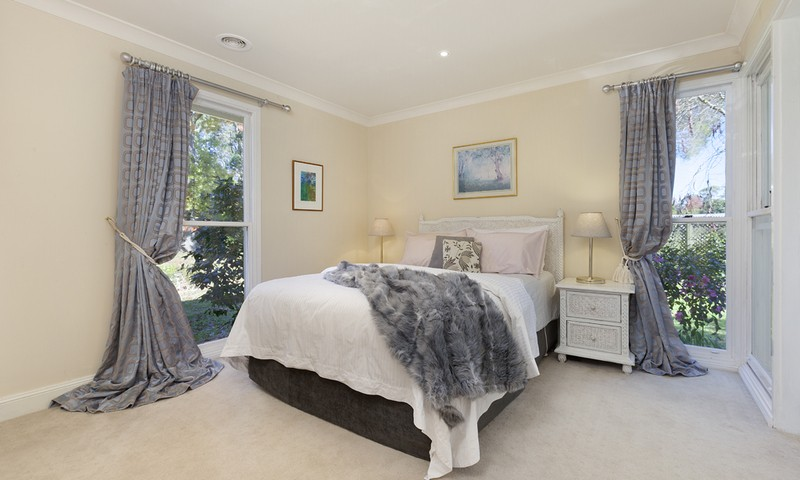 http://assets.boxdice.com.au/duncan_hill_property/listings/1226/74521f7d.jpg?crop=800x480