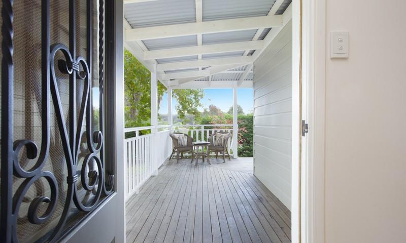http://assets.boxdice.com.au/duncan_hill_property/listings/1294/4f0fd62e.jpg?crop=800x480