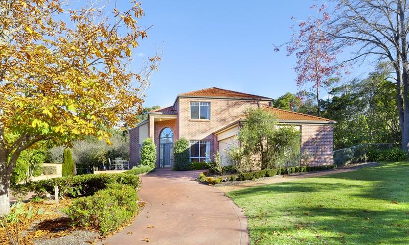 http://assets.boxdice.com.au/duncan_hill_property/listings/1305/1e738d03.jpg?crop=800x480
