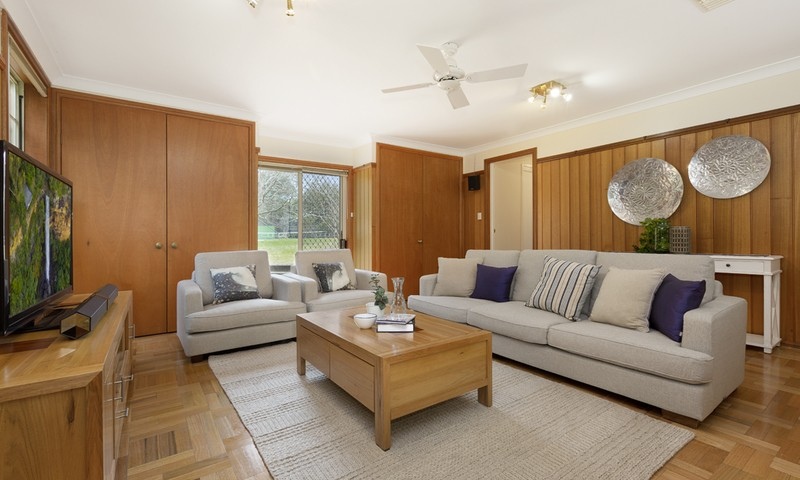 http://assets.boxdice.com.au/duncan_hill_property/listings/1359/222cddd2.jpg?crop=800x480