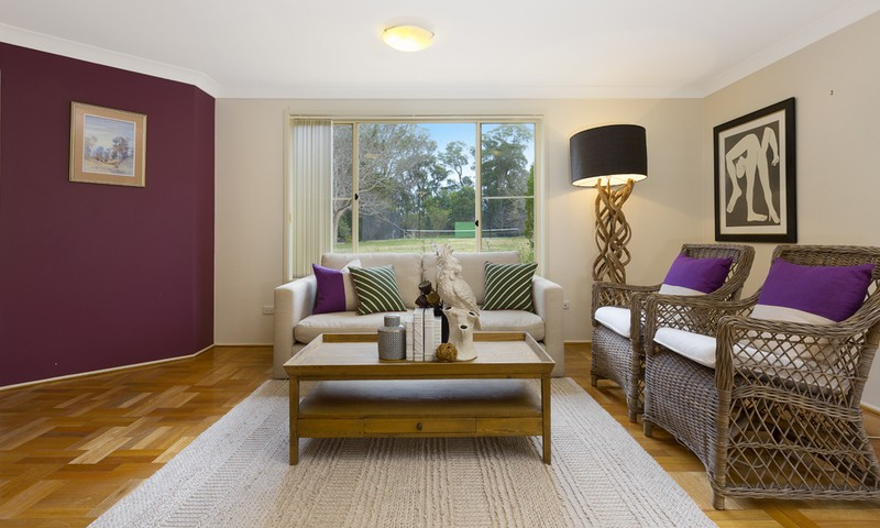 http://assets.boxdice.com.au/duncan_hill_property/listings/1359/e3df7daa.jpg?crop=800x480