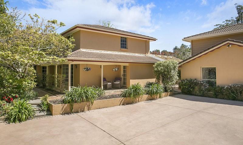 http://assets.boxdice.com.au/duncan_hill_property/listings/1359/f3a2b88d.jpg?crop=800x480