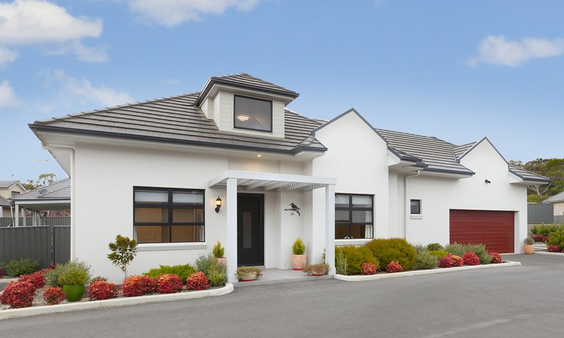 http://assets.boxdice.com.au/duncan_hill_property/listings/1360/56905b49.jpg?crop=800x480