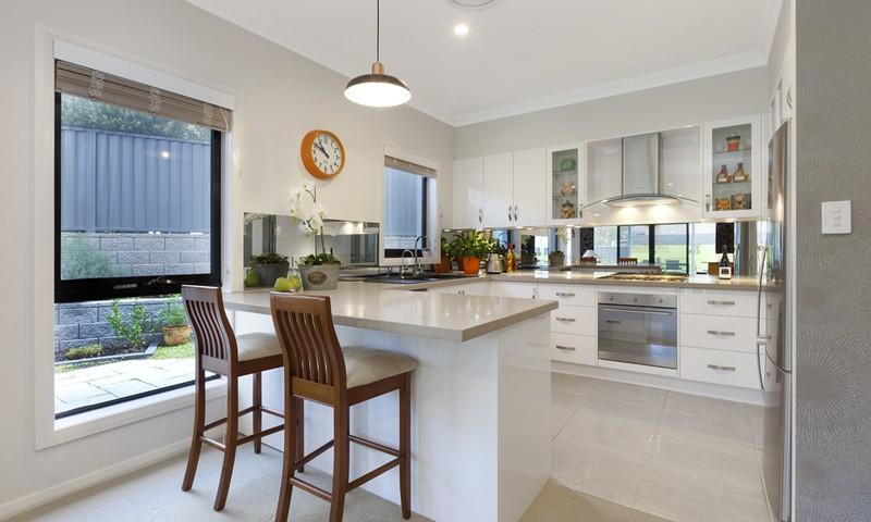 http://assets.boxdice.com.au/duncan_hill_property/listings/1360/f3ca2730.jpg?crop=800x480