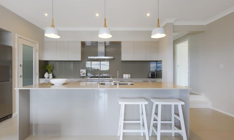 http://assets.boxdice.com.au/duncan_hill_property/listings/1463/60e48068.jpg?crop=800x480