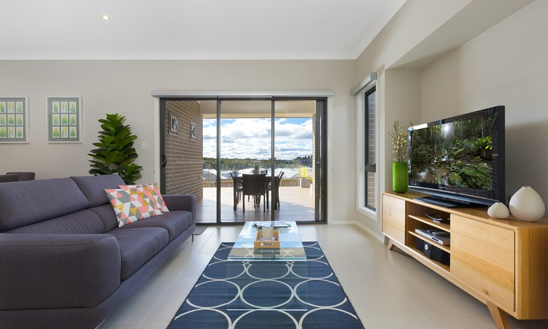 http://assets.boxdice.com.au/duncan_hill_property/listings/1463/f406c851.jpg?crop=800x480