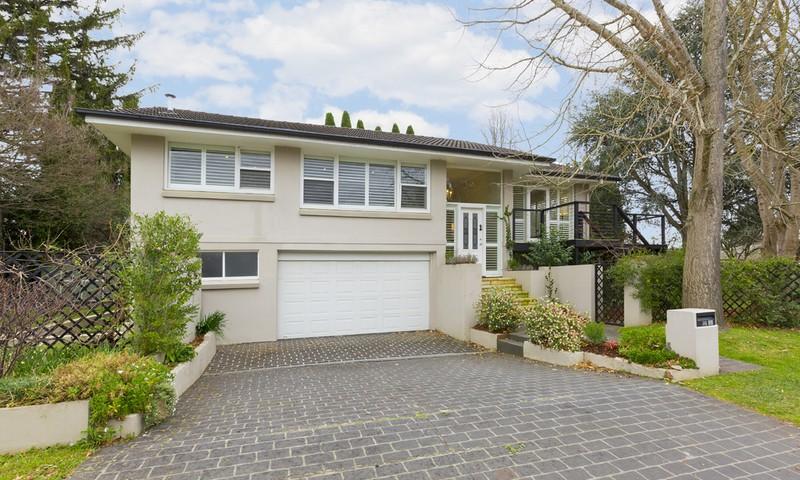http://assets.boxdice.com.au/duncan_hill_property/listings/1482/2f711c8d.jpg?crop=800x480