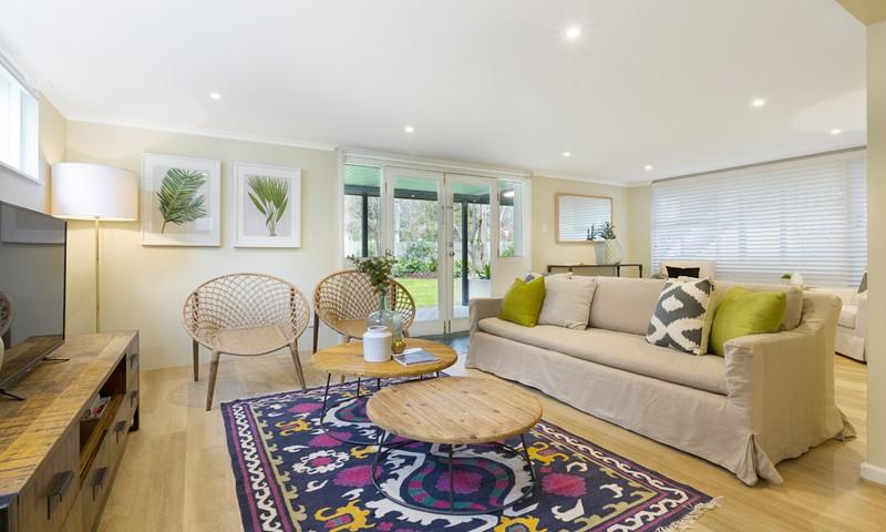 http://assets.boxdice.com.au/duncan_hill_property/listings/1482/cb565845.jpg?crop=800x480