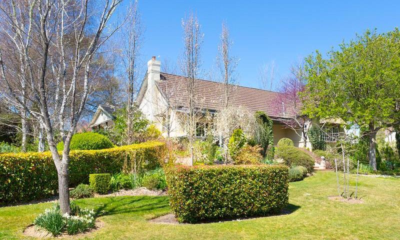 http://assets.boxdice.com.au/duncan_hill_property/listings/1536/K.1507793429.jpg?crop=800x480
