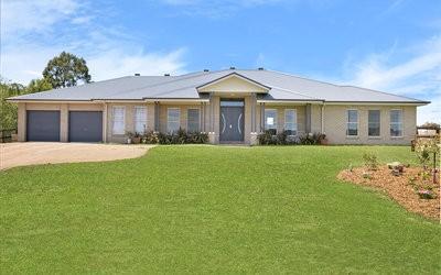 http://assets.boxdice.com.au/duncan_hill_property/listings/1560/8490cc88.jpg?crop=400x250