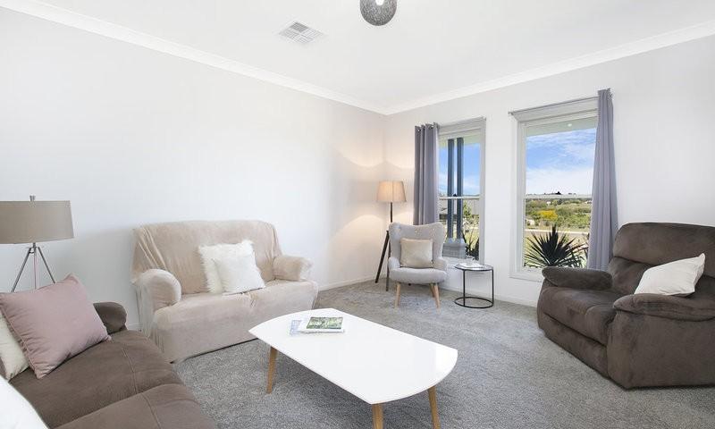 http://assets.boxdice.com.au/duncan_hill_property/listings/1560/8dd9288d.jpg?crop=800x480