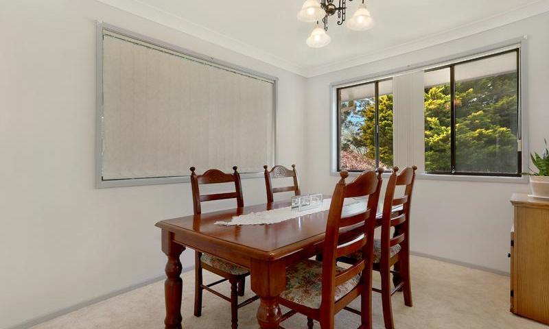 http://assets.boxdice.com.au/duncan_hill_property/listings/1561/C.1507793431.jpg?crop=800x480