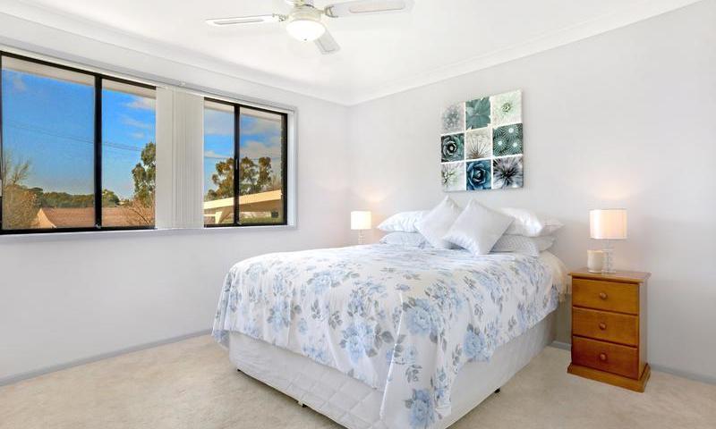 http://assets.boxdice.com.au/duncan_hill_property/listings/1561/D.1507793431.jpg?crop=800x480
