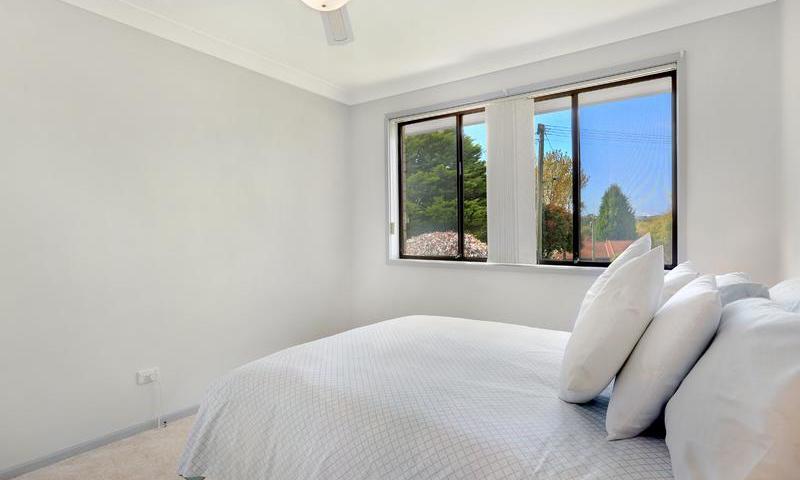 http://assets.boxdice.com.au/duncan_hill_property/listings/1561/E.1507793431.jpg?crop=800x480