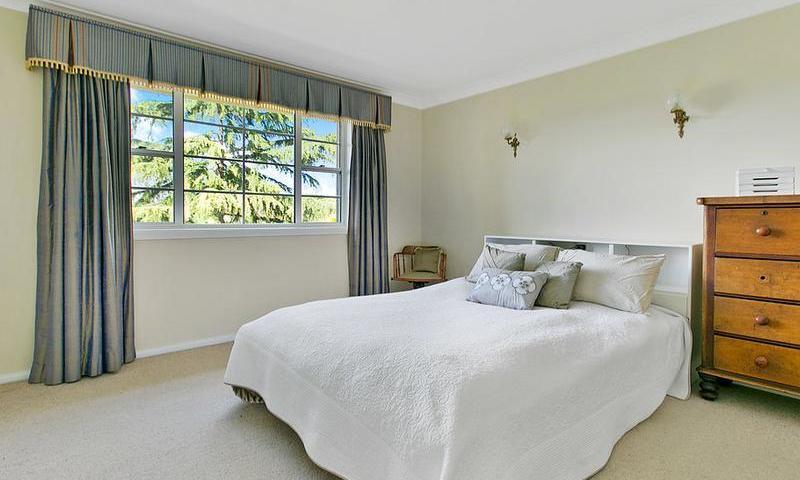 http://assets.boxdice.com.au/duncan_hill_property/listings/1574/F.1507793439.jpg?crop=800x480