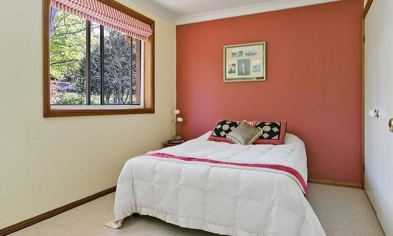 http://assets.boxdice.com.au/duncan_hill_property/listings/1574/G.1507793439.jpg?crop=800x480