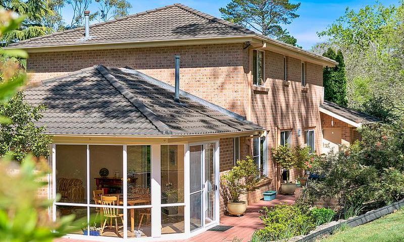 http://assets.boxdice.com.au/duncan_hill_property/listings/1574/MAIN.1507793437.jpg?crop=800x480
