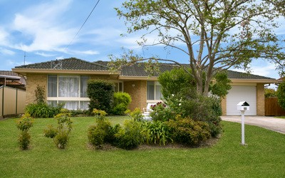 http://assets.boxdice.com.au/duncan_hill_property/listings/1654/60905e6b.jpg?crop=400x250