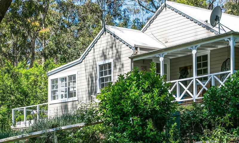 http://assets.boxdice.com.au/duncan_hill_property/listings/1676/7f4a60fb.jpg?crop=800x480