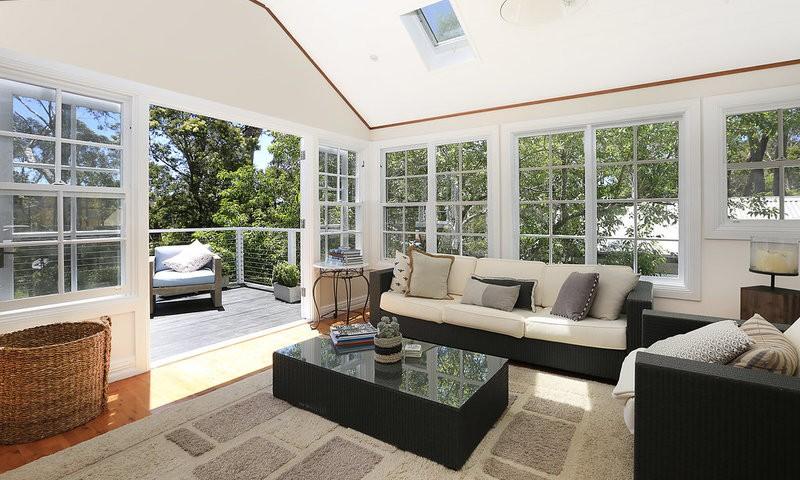 http://assets.boxdice.com.au/duncan_hill_property/listings/1676/c416de1b.jpg?crop=800x480