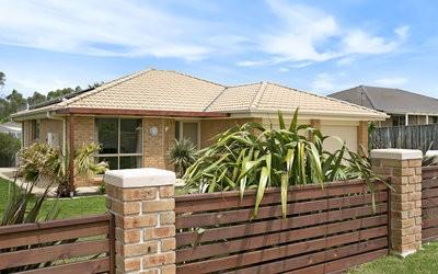 http://assets.boxdice.com.au/duncan_hill_property/listings/1682/bd0c47b4.jpg?crop=400x250