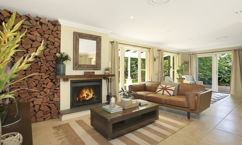 http://assets.boxdice.com.au/duncan_hill_property/listings/1688/3721065f.jpg?crop=800x480