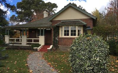 http://assets.boxdice.com.au/duncan_hill_property/rental_listings/8/7e6ab035.jpg?crop=400x250