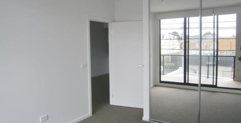 http://assets.boxdice.com.au/haughton_stotts/rental_listings/180/1d6b7d1f.jpg?crop=820x420