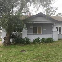 http://assets.boxdice.com.au/haughton_stotts/rental_listings/183/49a20170.jpg?crop=200x200