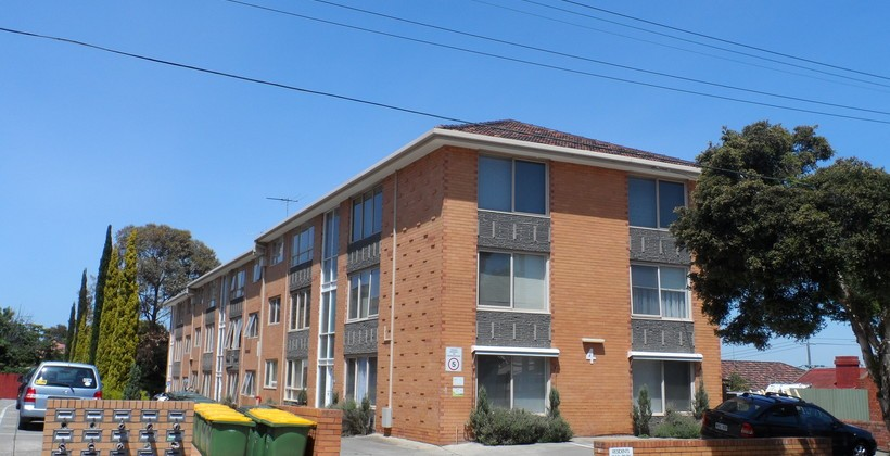 http://assets.boxdice.com.au/haughton_stotts/rental_listings/205/2a9b0053.jpg?crop=820x420