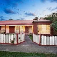 http://assets.boxdice.com.au/haughton_stotts/rental_listings/228/21cf5681.jpg?crop=200x200