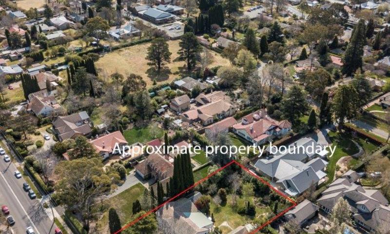 http://assets.boxdice.com.au/highlands/listings/1033/b212061e.jpg?crop=800x480