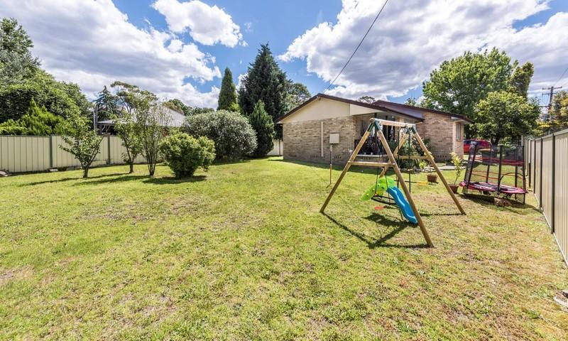 http://assets.boxdice.com.au/highlands/listings/1126/74c8f164.jpg?crop=800x480