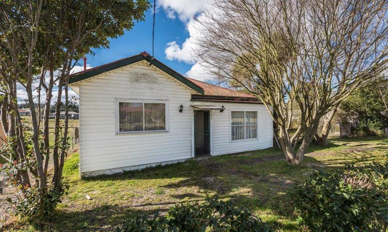 http://assets.boxdice.com.au/highlands/listings/858/85e8a711.jpg?crop=800x480