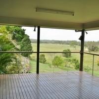 http://assets.boxdice.com.au/laguna/rental_listings/229/f5bcd6fb.jpg?crop=200x200