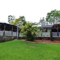 http://assets.boxdice.com.au/laguna/rental_listings/231/82f17780.jpg?crop=200x200