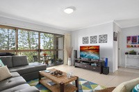 9/106 Bayview Street, Runaway Bay Residential Apartment