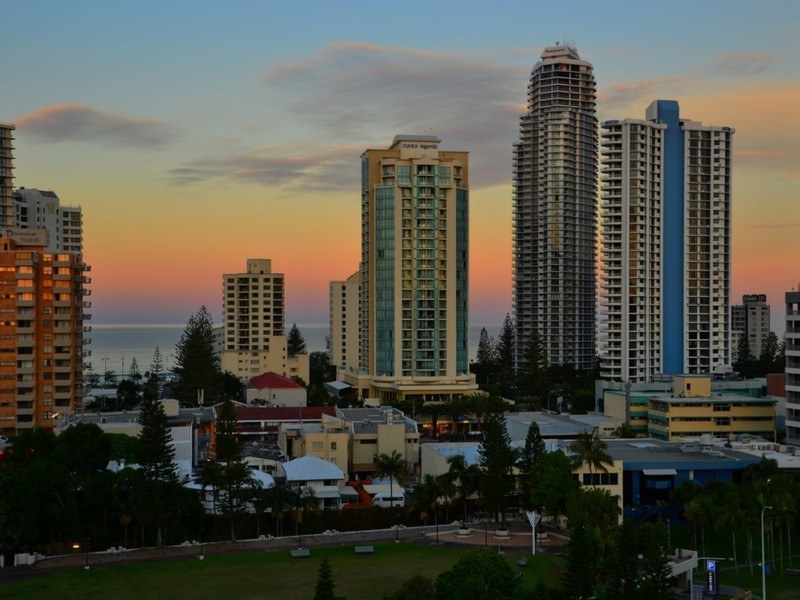70 Remembrance Drive, Surfers Paradise Residential Apartment