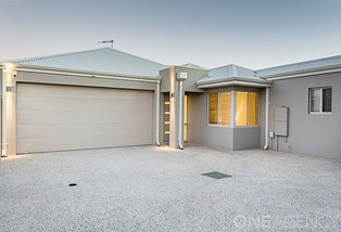 2/135B Ormsby Terrace, Silver Sands