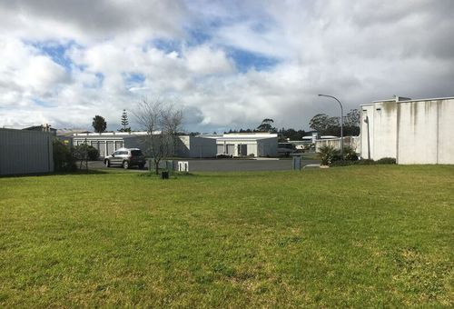 11 & 13 General Gates Avenue, Kerikeri