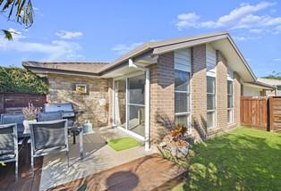 2/63 Currawong Drive, Port Macquarie