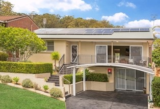 10 Greenslope Drive, Green Point