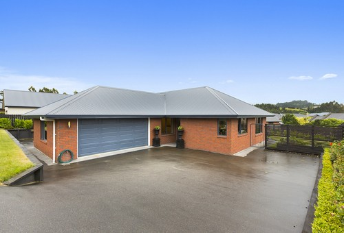 45 Duxford Crescent, Fairfield