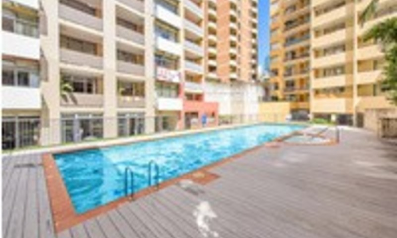 http://assets.boxdice.com.au/oz_combined_realty/listings/132/7e594420.jpg?crop=800x480