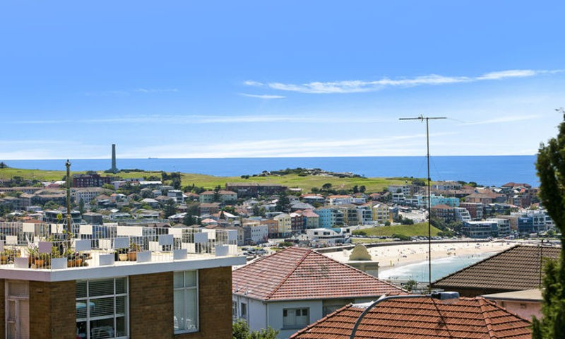 http://assets.boxdice.com.au/oz_combined_realty/rental_listings/22/17ef7b7a.jpg?crop=800x480